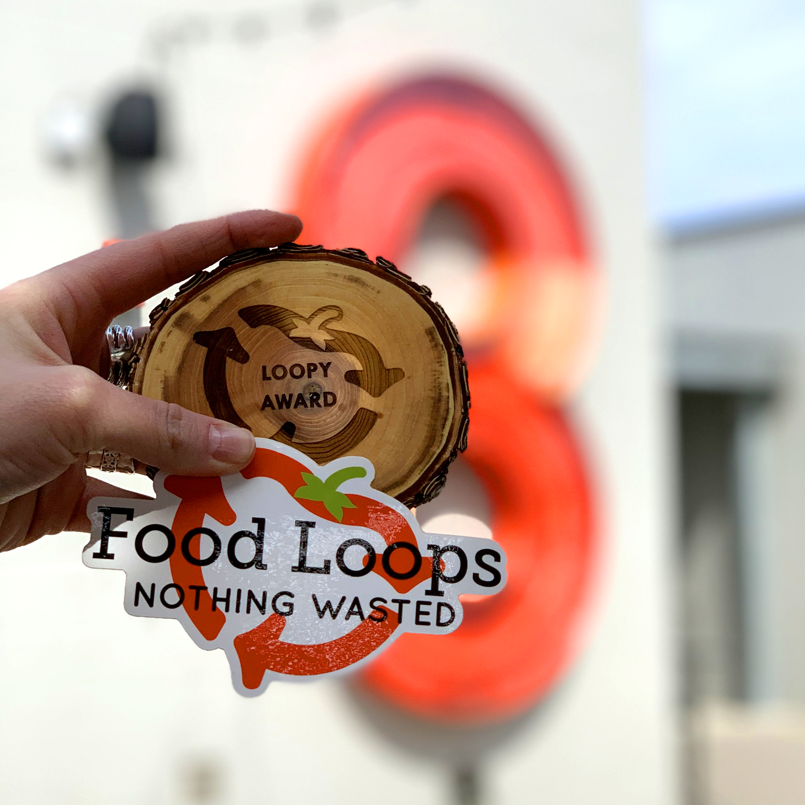 8th Street Market Receives Food Loops Sustainability Award