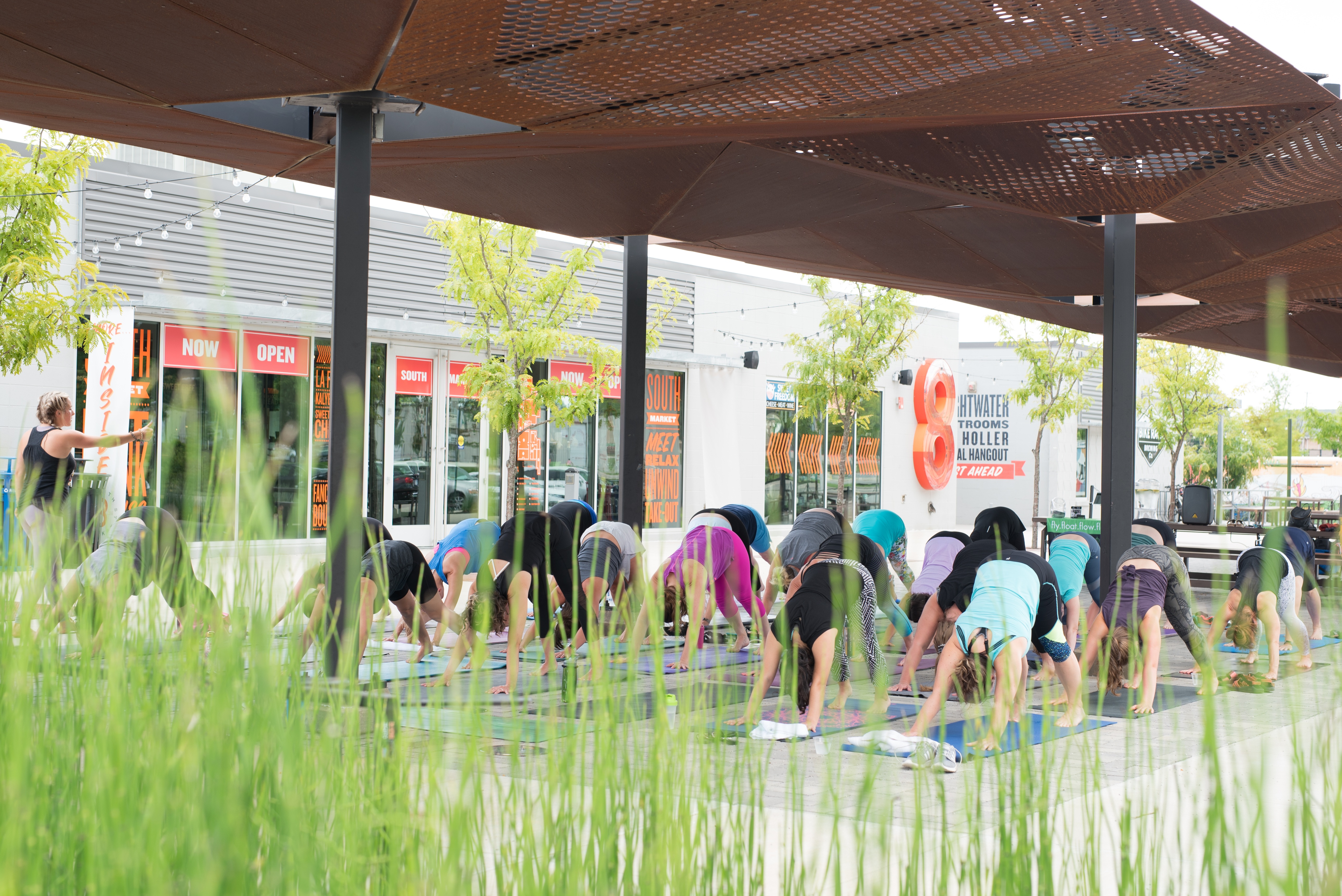 Cocoon Yoga Lab Set to Emerge at 8th Street Market